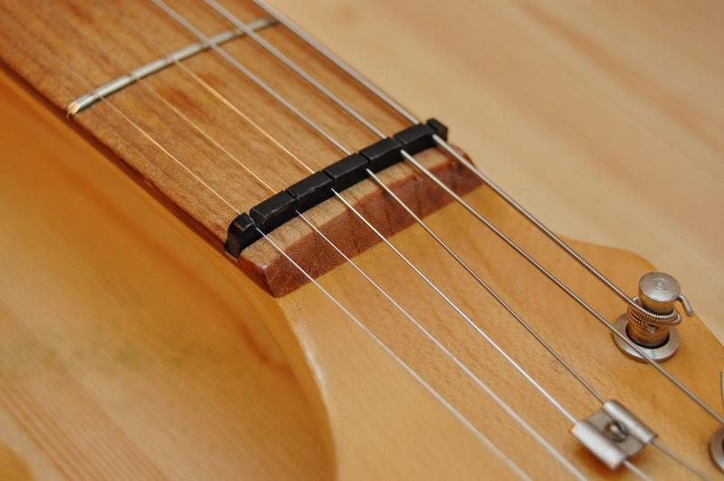 Верхний порожек для гитары своими руками